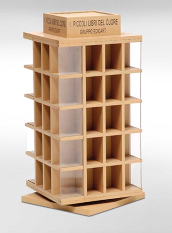 Amato Produzione personalizzazione espositori in legno per negozi da banco FK09